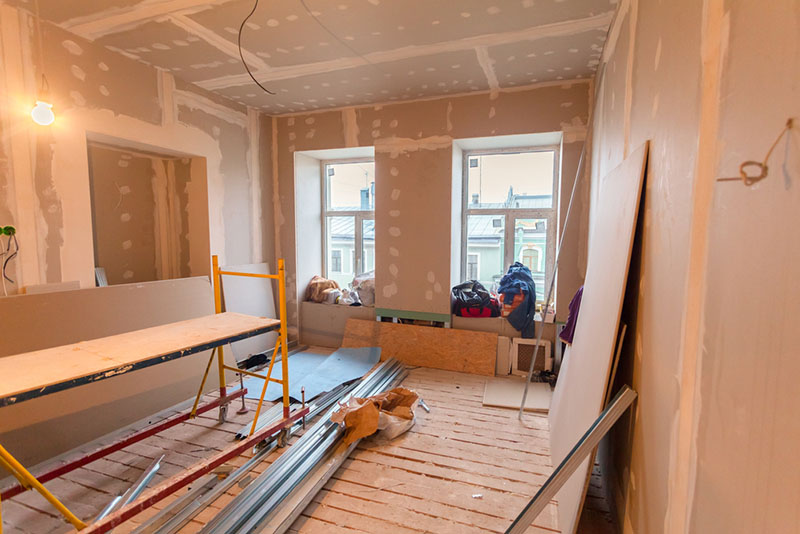 remodeling and construction in Encino